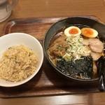 直久 - こく旨らーめん(醤油)+ミニ炒飯
