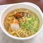 高坂サービスエリア(下り)スナックコーナー - ソーキそば(750円)