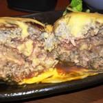 キタノイチバ - 牛肉100%つくねの断面
