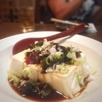 中華まんぷく山 - 料理写真:ピータン豆腐