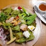 アジアンビストロ Dai - アジアンガーデンサラダ   1,200円 ドリンク2種付