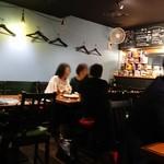 ワイン食堂 ホオバール - 内観写真: