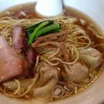 93338539 - 醤油ワンタン麺3個