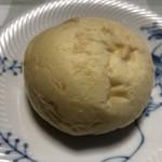 93340316 - オレンジの丸パン(税込300円/3個)