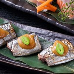 たかの家 - 秋の宴会コース:秋刀魚の銀杏味噌焼き