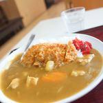 二合半 - 料理写真:カツカレー
