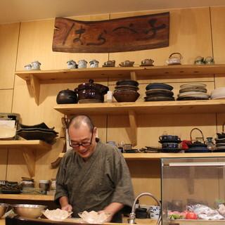 釣り好きの店主は「ミシュランガイド奈良」にも選ばれた実力派。