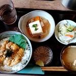 93347857 - うに丼(並盛)(2018.09)