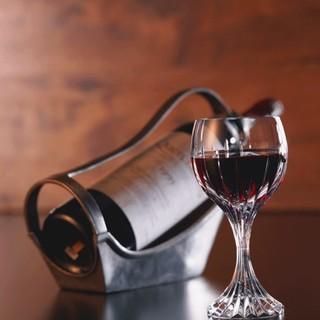 こだわりのワイン、取り揃えております!