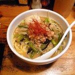 鶏の穴 - 2011年9月限定麺 TKJ42