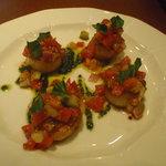 9335350 - ホタテ貝柱のソテー色々野菜の冷製ソース 950円