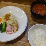 らぁめん三代目おかわり - 鶏白湯カレー坦々つけ麺