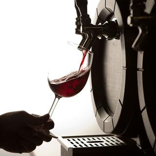 直輸入樽生ワイン!!ぜひお試しを♪