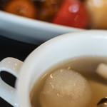 ヌーベルシノワ Ishibashi - 例湯(このひのしる)、名月(めいげつ)見立(みた)ての小洋蔥(こたまねぎ)