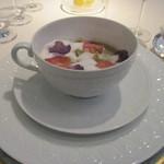 オテル・ドゥ・ミクニ - 前菜:スープ