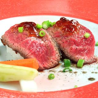 ハンバーグだけじゃない!ディナー限定の多彩な和牛料理も充実!