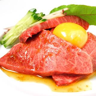 ハンバーグだけじゃない!ディナー限定の多彩な和牛料理も充実♪