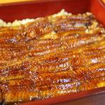 笹家 - 鰻重上2,600円。<2011_09>