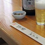 笹家 - 木のテーブルとビール(笑)。<2011_09>