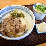 ふる里うどん  - 肉ぶっかけ冷とぶっかけ出汁と薬味