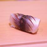 すし 陵 - 小鰭