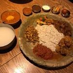 ネパール民族料理 カスタマンダップ - ネワリボジセット