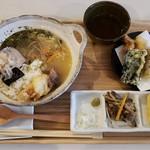 トリヤコット - 鶏だしのお茶漬けとおかず2品(790円)と天ぷらです。
