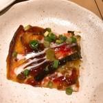 ダイニングキッチン ペスカ - チヂミ風たこ焼ハラペーニョのせ(カット)