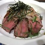 山見茶屋 - あか牛の贅沢とろろ丼、盛り盛り肉