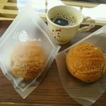 卵卵ふわぁーむ - 料理写真:卵卵シュー130円(税込)と無料のブレンド珈琲を楽しみました^^