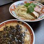 元祖鉄板式中華そば だが屋 - 料理写真: