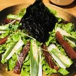 ソバキチ - マグロの漬けサラダ
