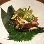 朝採れ鮮魚と個室居酒屋 志喜 - 旨味タレの海鮮ユッケ(590円)