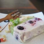 カブトスカフェ - レアチーズケーキ