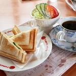 プルメリア - 料理写真:モーニングセット(ハムチーズ)