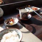 Yusan - ご飯と漬物