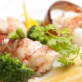 神戸の旬の食材を生かした、彩り豊かな逸品料理ばかり