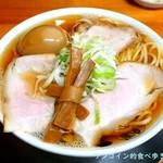 中華そば ひらこ屋 - 中華そば(あっさり)+熟成煮玉子