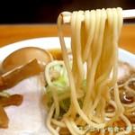 中華そば ひらこ屋 - 白くて太めのストレート麺