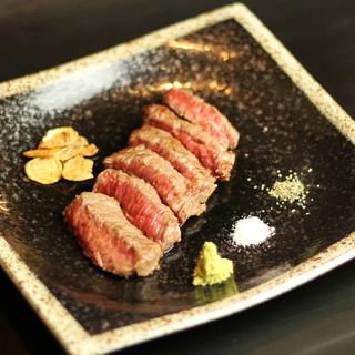 """""""黒毛和牛""""や""""神戸ポーク""""など◎素材からこだわる料理が自慢"""