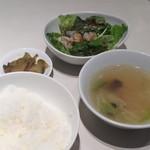 四川飯店 - サラダ・スープ