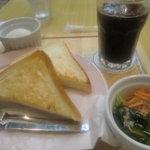 喫茶は~もにぃ - トーストセット:400円