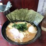 93410861 - のり増しラーメン中(¥750)+味玉(¥100)