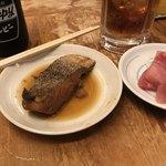 93412366 - マグロぶつ と 鱈の煮付け