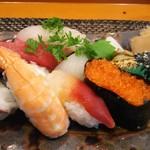 玄海鮨 - 竹にぎり(1000円税別)