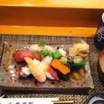 玄海鮨 - セットの貝汁とサービスの茶碗蒸し