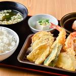 二葉食堂 - 天ぷら定食