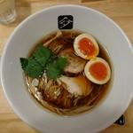 中華そば 高野 - 料理写真:味玉鶏の中華そば850円