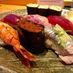 すし京辰 - 料理写真:にぎり 浜 1,800円