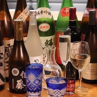 日本酒・焼酎・ワインそれぞれにこだわりを持っております。